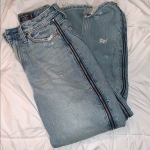 Abercrombie girlfriend jeans worn once